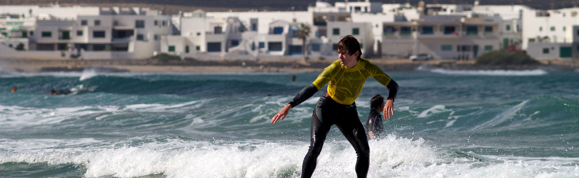 surfing lessons lanzarote